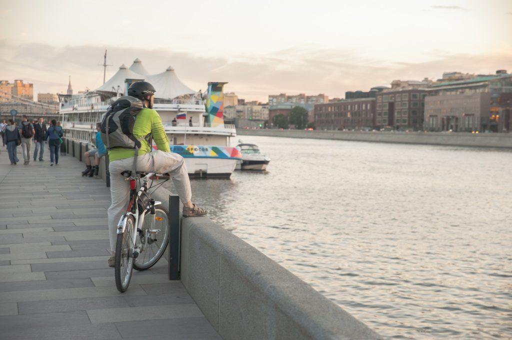 велосипедист москва